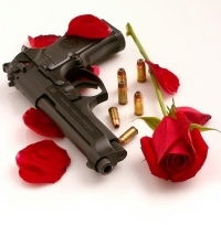 аватарка для контакта пистолет и розы